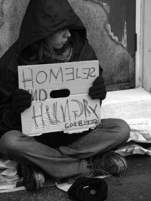 http://ecofeminista.files.wordpress.com/2009/02/homeless.jpg